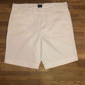 "J Crew Men's 9"" Gramercy Shorts"